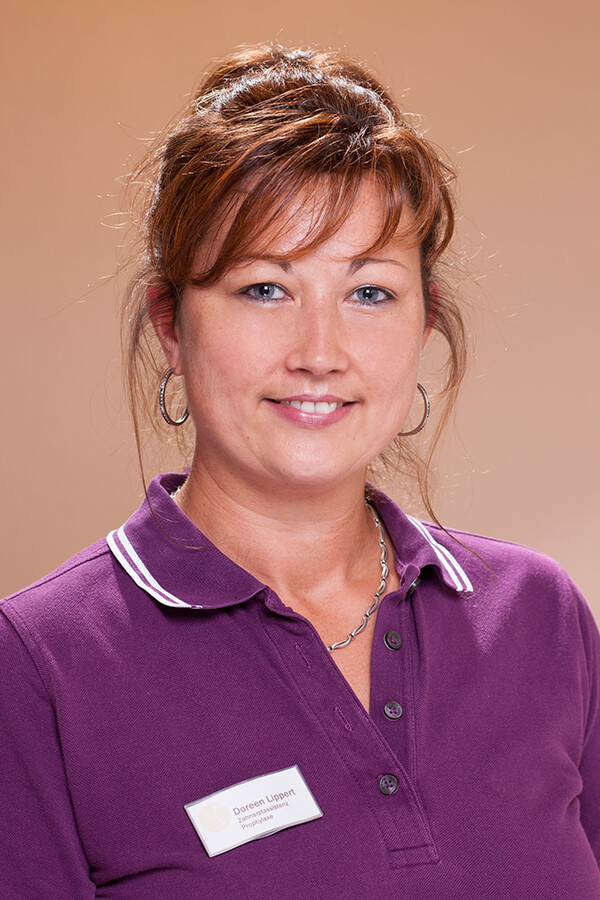 Zahnarzt Wurzen - Team - Portrait von Mitarbeiterin Doreen Lippert